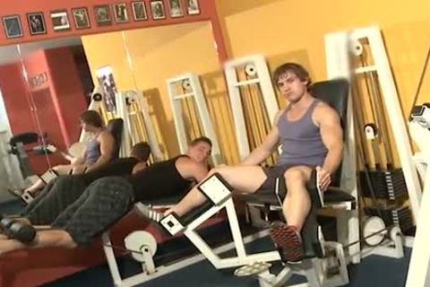 Workout penises pound Inside A Gym