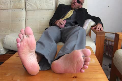 Back From The Office  . in nature's garb Feet And stroking