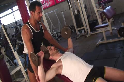 Tanned lad Nails fascinating lad's butthole In The Gym