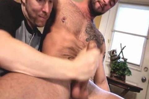 Two muscular dudes Who Love Playing With dick