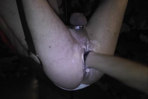 A long Night Of Fisting With A Very fine Fist Top. This I One Of The Sessions That Night.