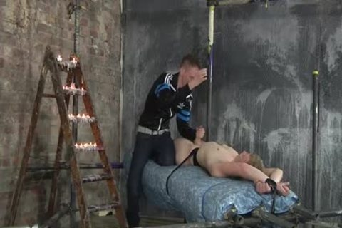 Nicki Smiles Was bare And fastened For An amazing cook jerking