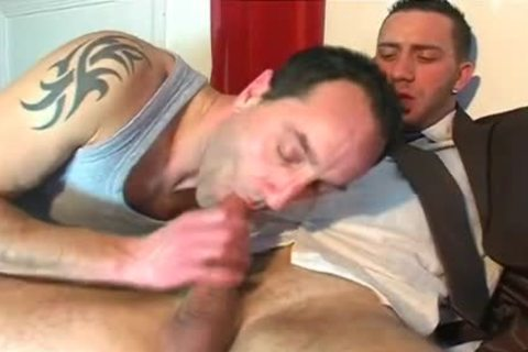 Full movie scene: A blameless Vendor receives Serviced His big penis By A boy!
