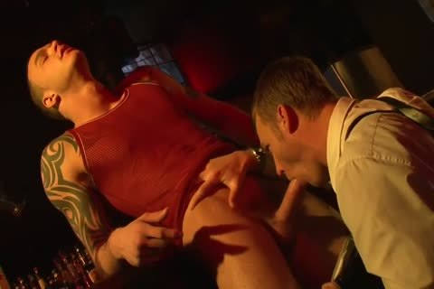 The Policeman Sucks The shlong And bangs His arse Is hammered