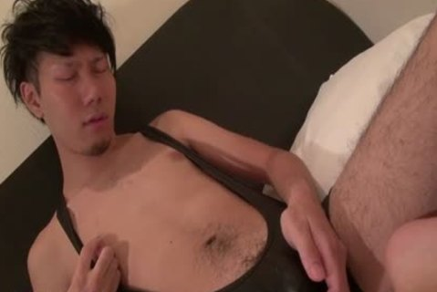 Tugging asian shoots Load