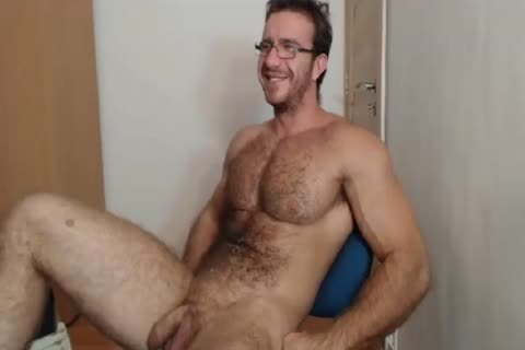 [cam] Bigdudex A naughty bushy Daddy Shows a-hole And