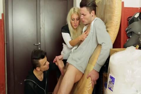 Blode And Two men With Some Bi Action