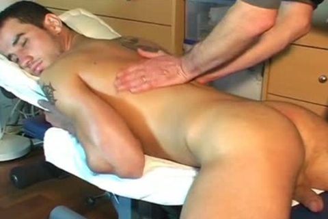 Frabice's biggest 10-Pounder Massage ! (delivery chap For A homo chap)