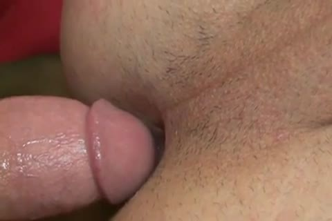 I Need A beefy Top To Control My anal - BareSexyBoys.com