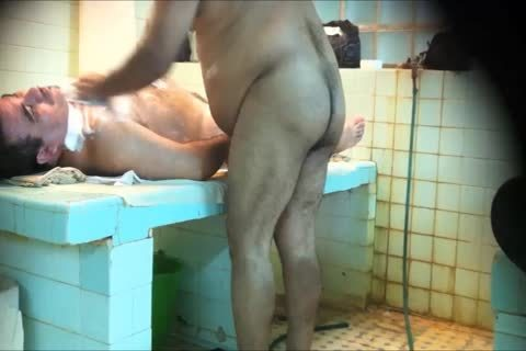 dudes SHOWERS 5