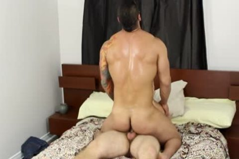 Muscle homosexual oral-job job And love juice flow