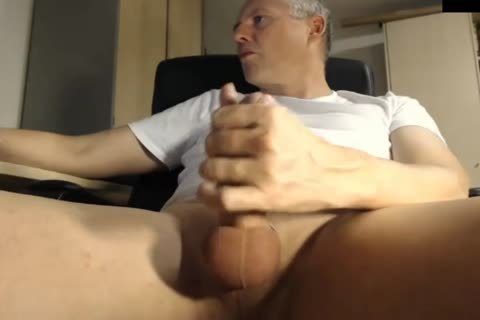 dad Jerking His jock At The Office