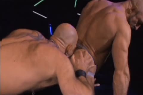 1-15 6 Bodybuilder Bear And Daddy's Tryst