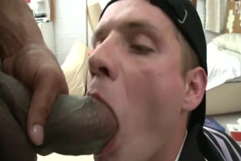 College lad acquires nailed By massive black cock