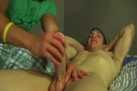 I offered my straight friend a handjob this day!