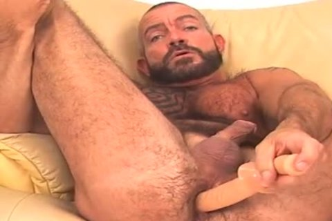 large and hairy, bearded BEAR works pooper w/ sex toy