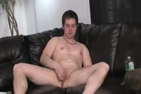 juvenile dude lubes up his dick