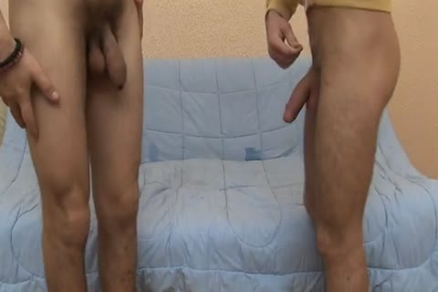homosexual boy Sucks On His Love\'s dong