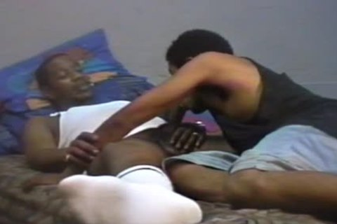 homo engulfing weenie Of His friend On bed