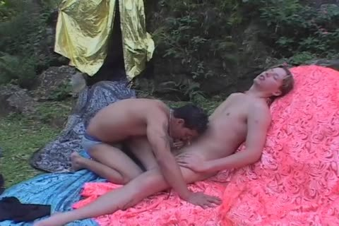 lovely Sex outside With Aryell And Juan