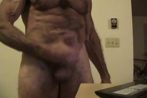 Flex Muscle And jerk off On web camera Chat