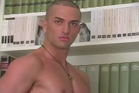 Italian muscle top nails sexy lad