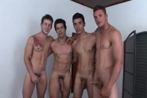 4 friends Getting It On
