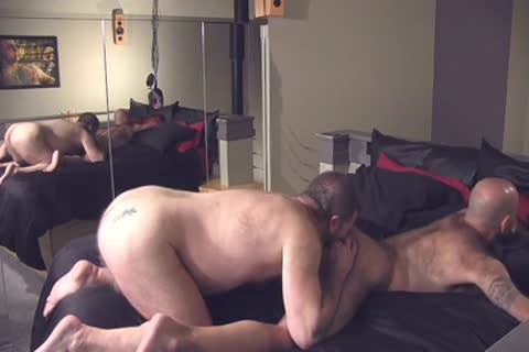 Bear couple And humongous cum