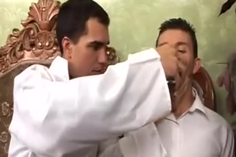 Sacerdote (colombianos)