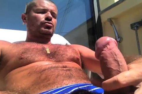 TIERY B. // PHOTO-PORNO-GRAPHER - Copyright / nasty man Servicing And Worshiping A large penis In Summer's Heat