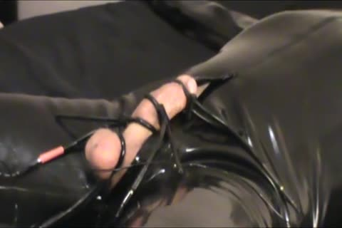 Iliff Applies Electro To Vidar's 10-Pounder For Over An Hour And acquires Three worthwhile Orgasms.