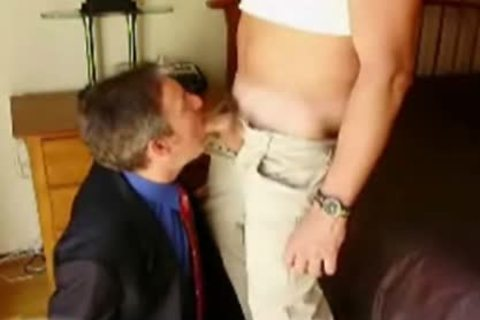Daddy In A Suit Eagerly engulfing penis