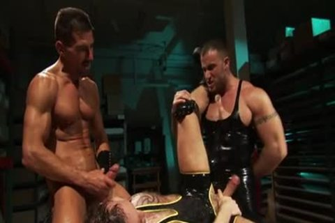 fastened Muscly dude Fisted
