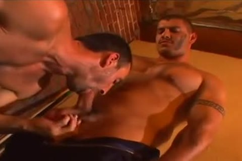 Gay hairy soldiers sodomizing backdoor