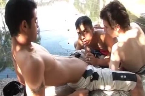 Latinos Outdoor raw 3some