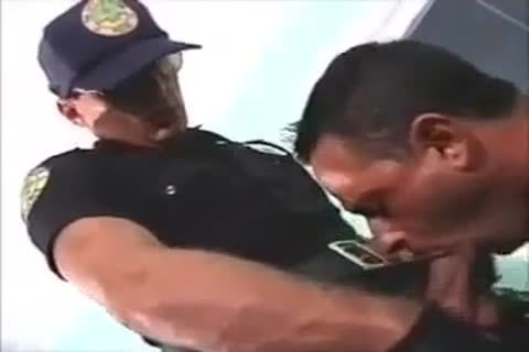 Cop sucking salami and anal drilling pooter