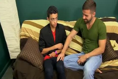 twink Dustin Cooper Enjoys Sitting On Prestons huge rod