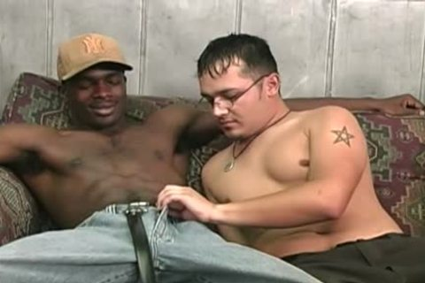 Hung black dudes Sharing A concupiscent White fellow