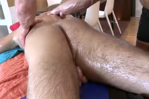 large twink Massage