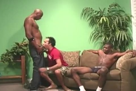 pumped up black guys rimming A White chap