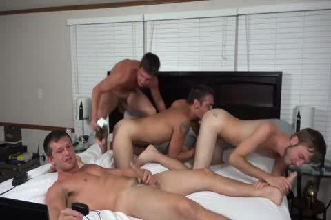 A pair AND TWO allies nailing ON webcam
