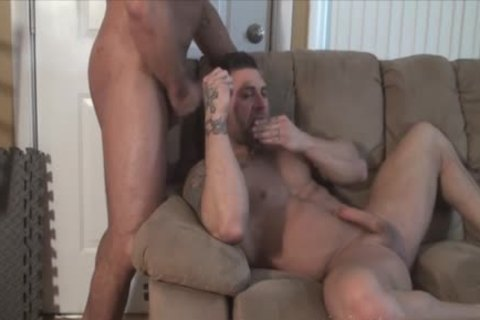 Muscle Bodybuilder oral-sex sex With sperm flow