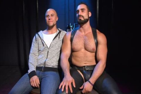 Muscle Bear spanking And ball cream flow