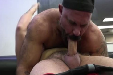 Muscle bear raw with ejaculation