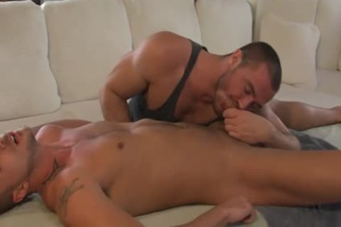 peculiar Reserve: Full Service With Jessy Ares And Jessie Coulter