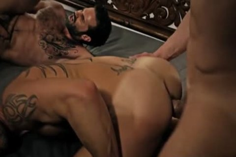 Tattoo daddy pooper job and facial cum