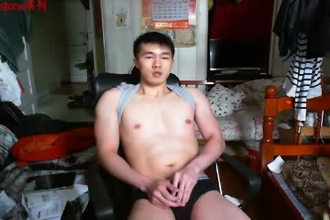 A gracious Chinese Hand Job In web camera