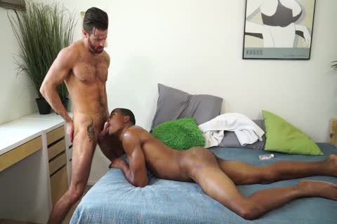 kinky black man plows hirsute White boy