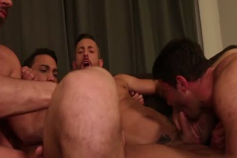 Muscle gay raw And cum exchange