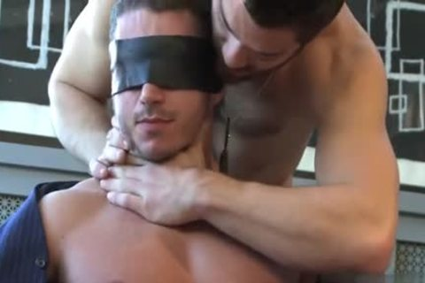 Muscle homo oral With cumshot
